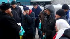 Каждый четверг в Киево-Печерской лавре — «день бездомных». Накормить нуждающихся можете и вы