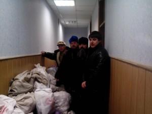 СУМЫ. Священники передали воинам Сумского батальона продукты питания
