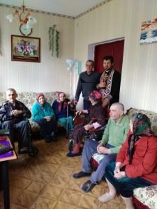 КИЇВСЬКА ЄПАРХІЯ. Священнослужитель відвідав будинок-інтернат для літніх людей