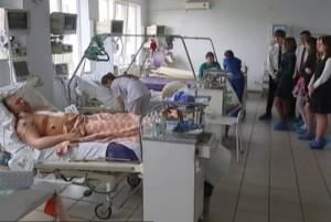 ХАРЬКОВ. Харьковские школьники отказались от выпускного, передав деньги кардиоцентру