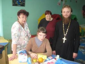 Поздравление детей-инвалидов г. Славянска с Международным днем защиты детей