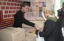 КИЕВСКАЯ ЕПАРХИЯ. Ежедневная помощь неимущим в галерее «Соборная»