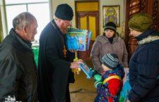 ОДЕСЬКА ЄПАРХІЯ. З благословення митрополита Агафангела більше 250 хворих отримали продуктові набори та матеріальну допомогу